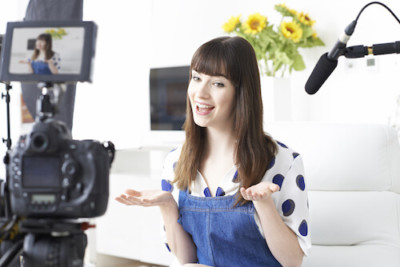 How Video Blogging Can Help You Generate Leads