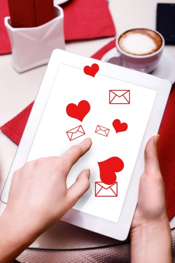 loves Online Email Marketing
